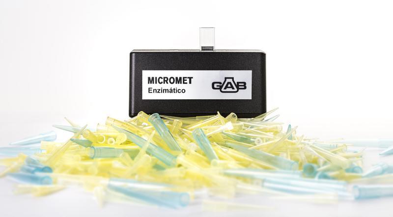 MICROMET Micro analizador ENZIMATICO; GAB; con software, cable USB, maletín e instrucciones.